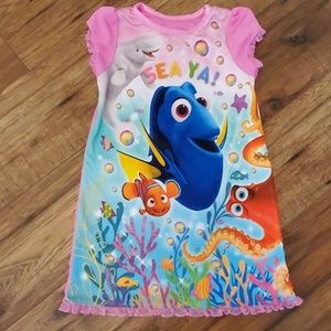 Finding Nemo nightgown